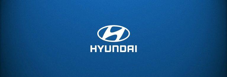 Hyundai Logo alb fundal albastru